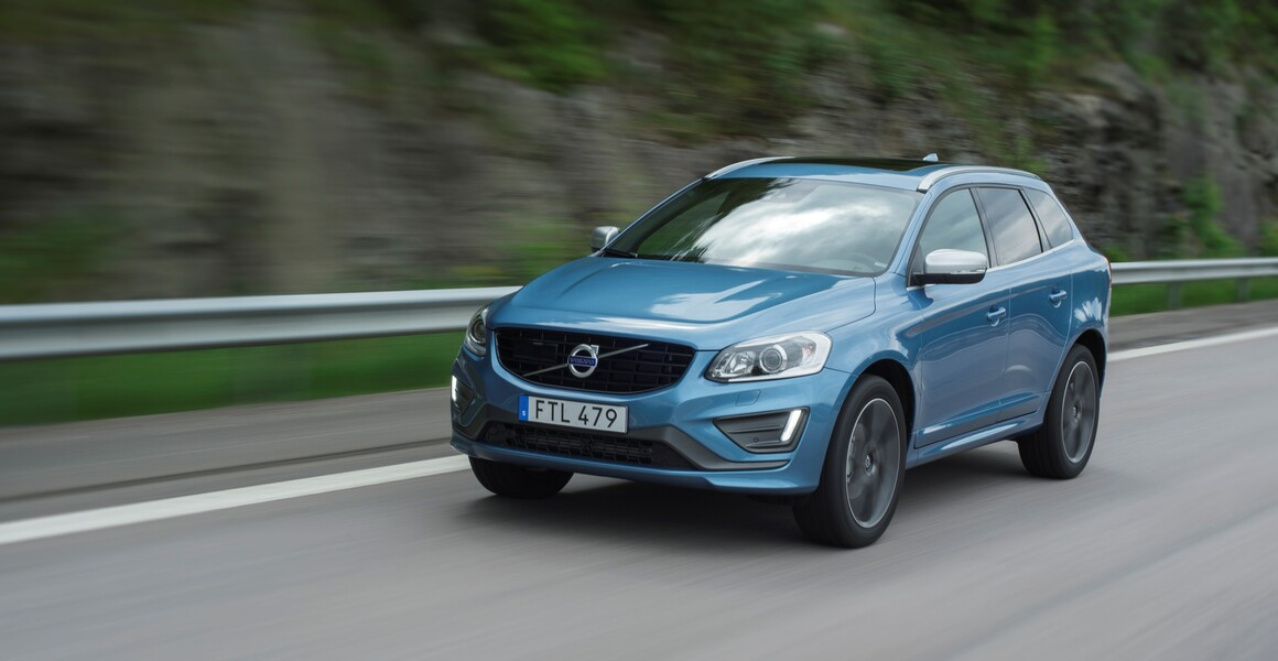 Volvo XC60 D4 AWD Geartronic Inscription (2)