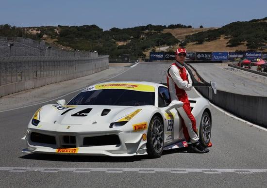 Michael Fassbender in pista nel Ferrari Challenge USA