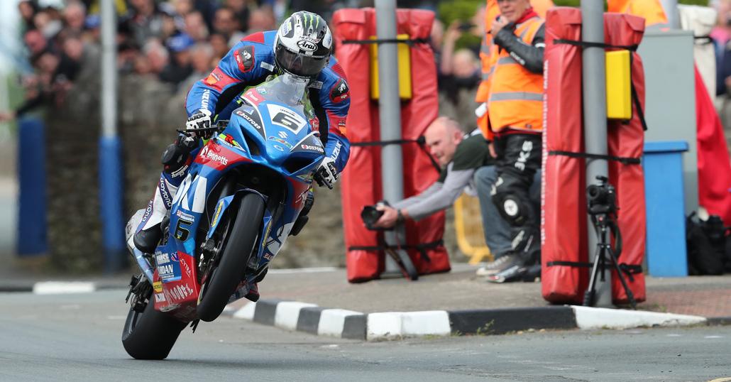 TT 2017, Dunlop vince la Senior