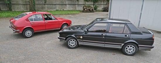 """Il nostro quarantenne """"taxi"""" Alfasud e Giulietta Autodelta. Dieci anni circa di differenza stilistica tra le due. Caratteristico Alfa è il disegno della porta posteriore, sempre di grande personalità. Queste auto non si asomigliano in nulla, anzi. Ma erano riconoscibili al cento per cento come Alfa e nient'altro che Alfa. Non vi son certo somiglianze con la Bmw serie 3 nella vista di fiancata...Giulia, Giulia...però ci piaci anche tu"""
