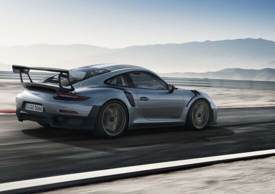 Porsche 911 GT2 RS m.y. 2018, il top della 991