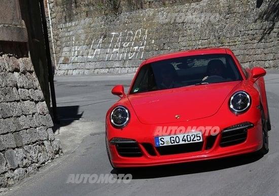 Porsche 911 Carrera GTS [VIDEO]