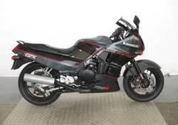 Kawasaki GPX 750 R usata