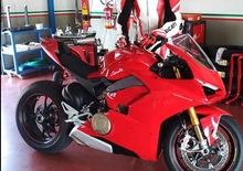 Ducati Panigale V4: una foto rubata la svela