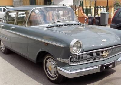 Opel Kapitän 2.6 P modello Luxe (1960) d'epoca del 1960 a Mariglianella d'epoca