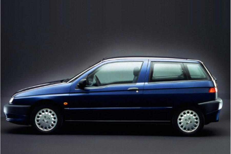 Alfa Romeo 145 (1994-01) (3)