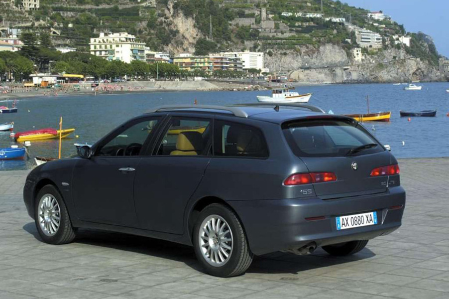 alfa romeo 156 sportwagon 1 9 jtd sportwagon sport 03 2005 01 2006 prezzo e scheda tecnica. Black Bedroom Furniture Sets. Home Design Ideas
