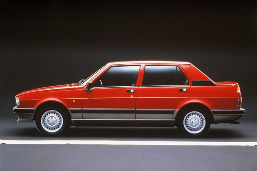 alfa romeo giulietta 2 0 turbodelta 10 1983 11 1984 prezzo e scheda tecnica. Black Bedroom Furniture Sets. Home Design Ideas