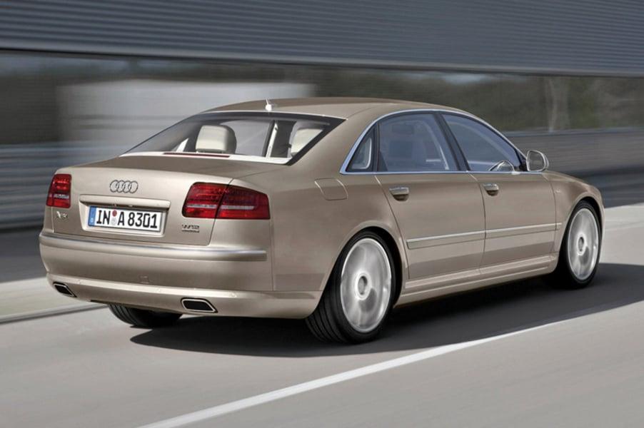 Audi A8 3.2 V6 FSI quattro tiptronic (4)