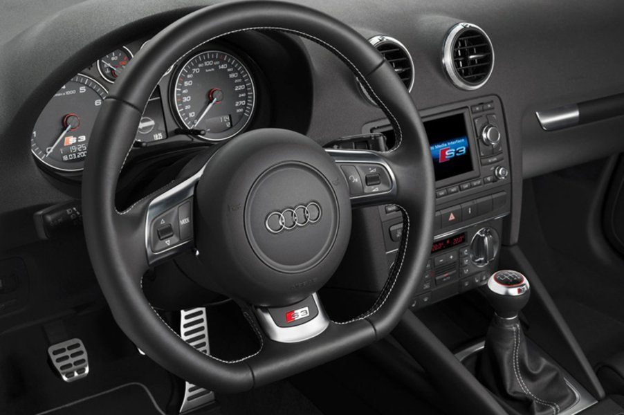 audi s3 2 0 tfsi quattro 05 2010 07 2013 prezzo e. Black Bedroom Furniture Sets. Home Design Ideas