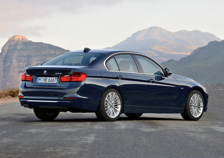BMW Serie 3 318i Msport (2)