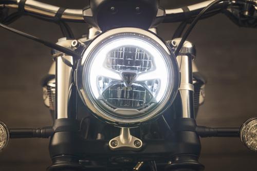 Il faro anteriore da 5 a LED