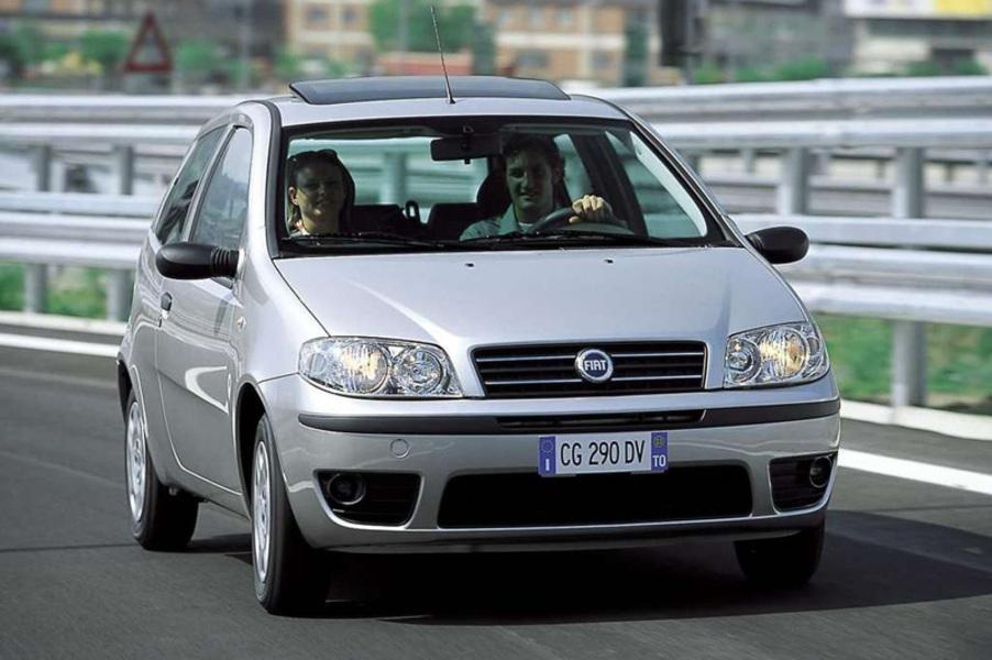 Listino Fiat Punto (2003-10) usate - Automoto.it on fiat bravo, fiat spider, fiat 500 abarth, fiat coupe, fiat stilo, fiat 500l, fiat linea, fiat 500 turbo, fiat marea, fiat cars, fiat cinquecento, fiat ritmo, fiat doblo, fiat seicento, fiat multipla, fiat panda, fiat barchetta, fiat x1/9,