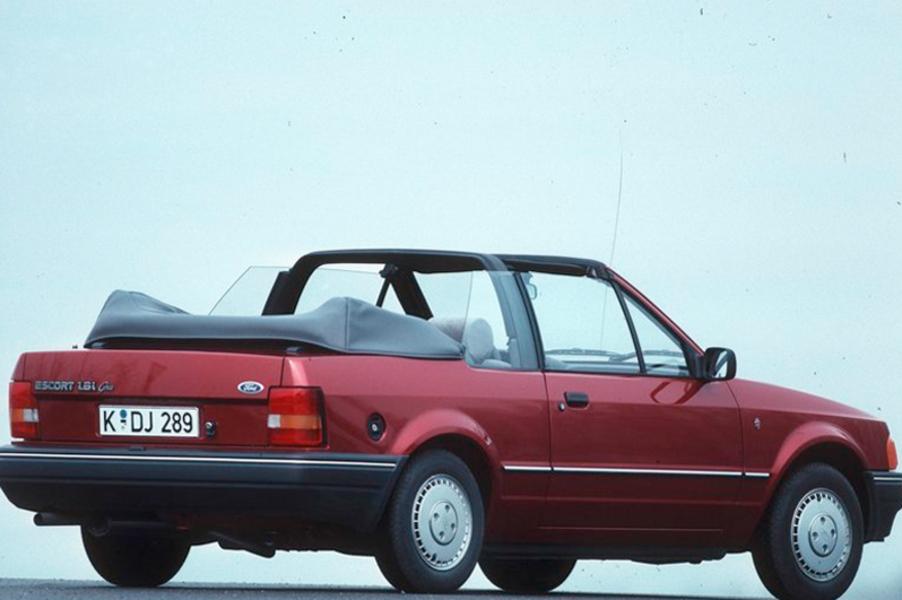 ford escort cabrio 1 4 cabriolet ghia 04 1986 09 1988 prezzo e scheda tecnica. Black Bedroom Furniture Sets. Home Design Ideas