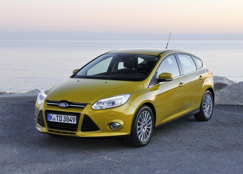 Ford Focus (2011->>) (2)