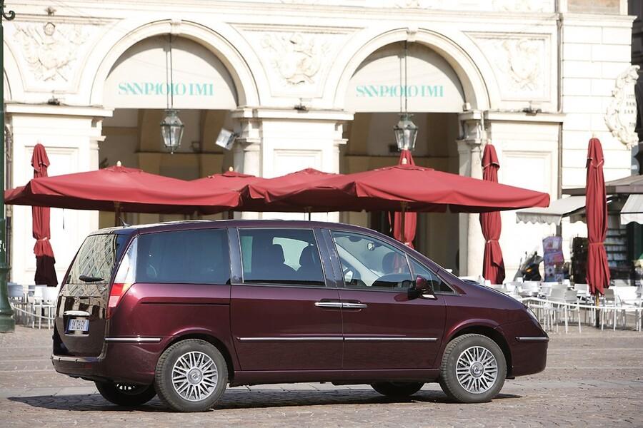 Lancia Phedra (2002-10) (3)