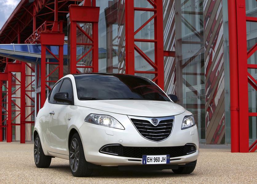 Lancia Ypsilon (2011->>) (4)