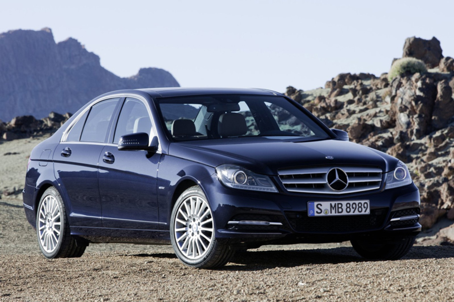 Mercedes-Benz Classe C 180 CGI BlueEFFICIENCY Avantgarde (2)