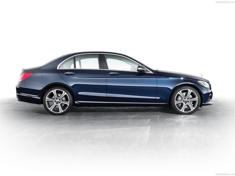 Mercedes-Benz Classe C 220 d 4Matic Auto Sport Plus (4)