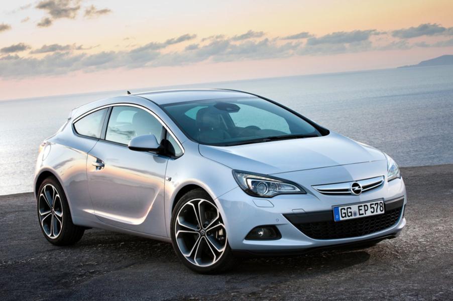 Opel Astra GTC (2)