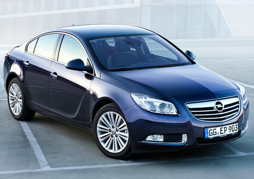 Opel Insignia CDTI 4x4 160CV 4 porte Elective (2)