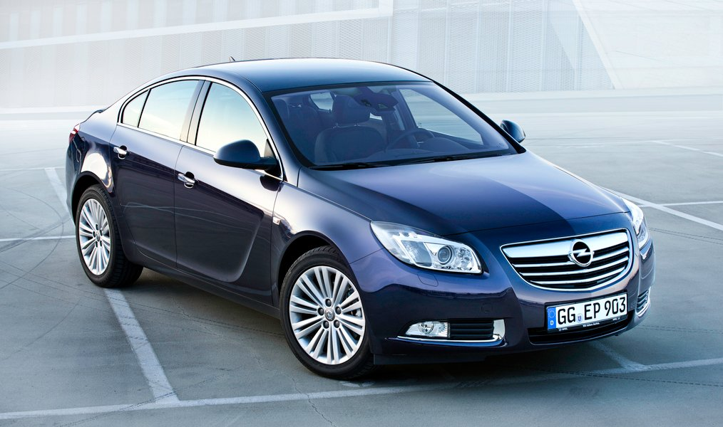 Opel Insignia CDTI 160CV 4 porte aut. (2)