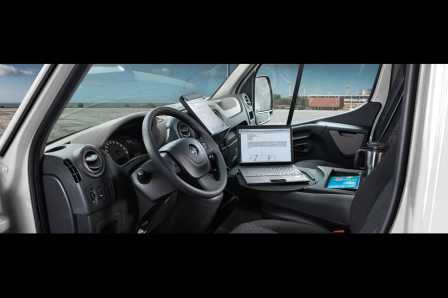 Opel Movano Furgone (3)