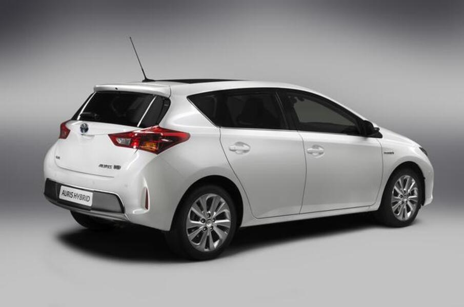 Toyota Auris (2012->>) (5)