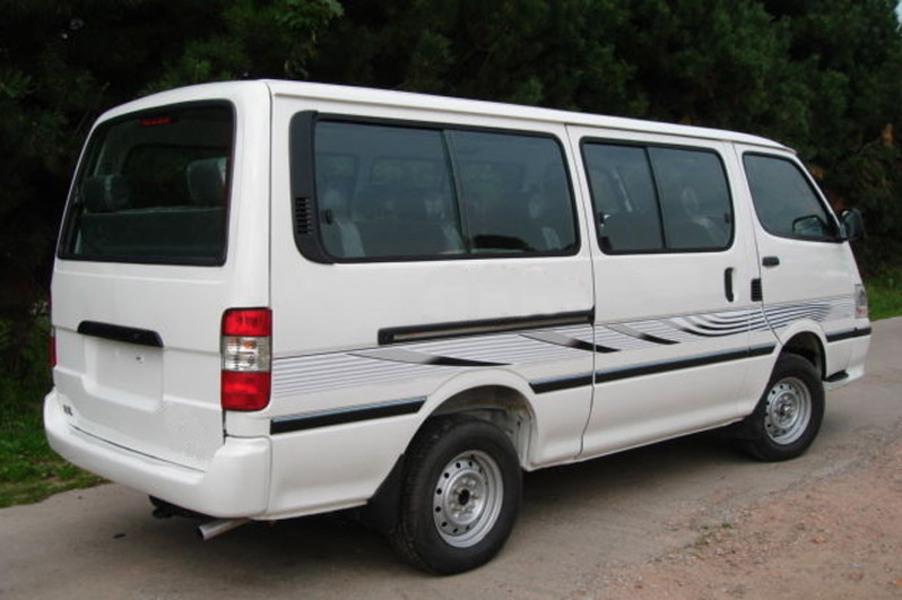Toyota Hiace Furgone (2006-11) (2)
