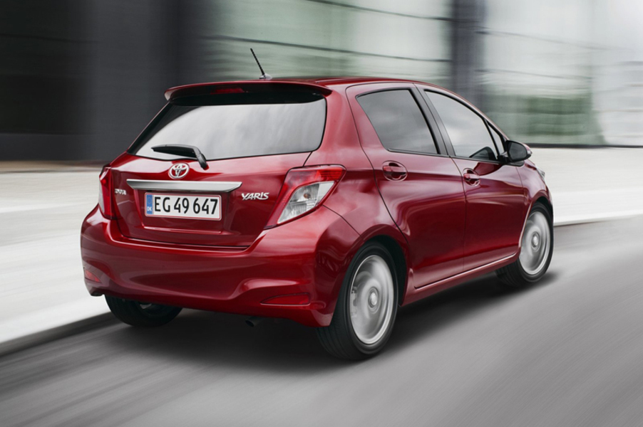 Toyota Yaris (2011->>) (4)