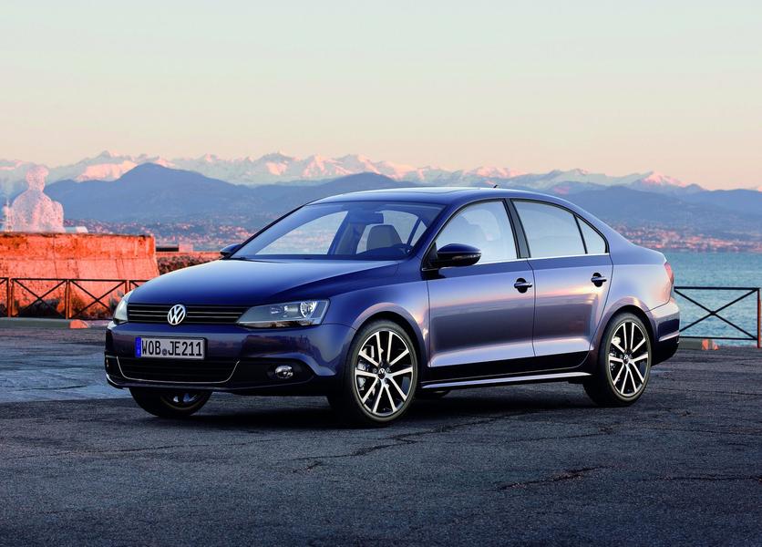 Volkswagen Jetta (2011-12) (5)
