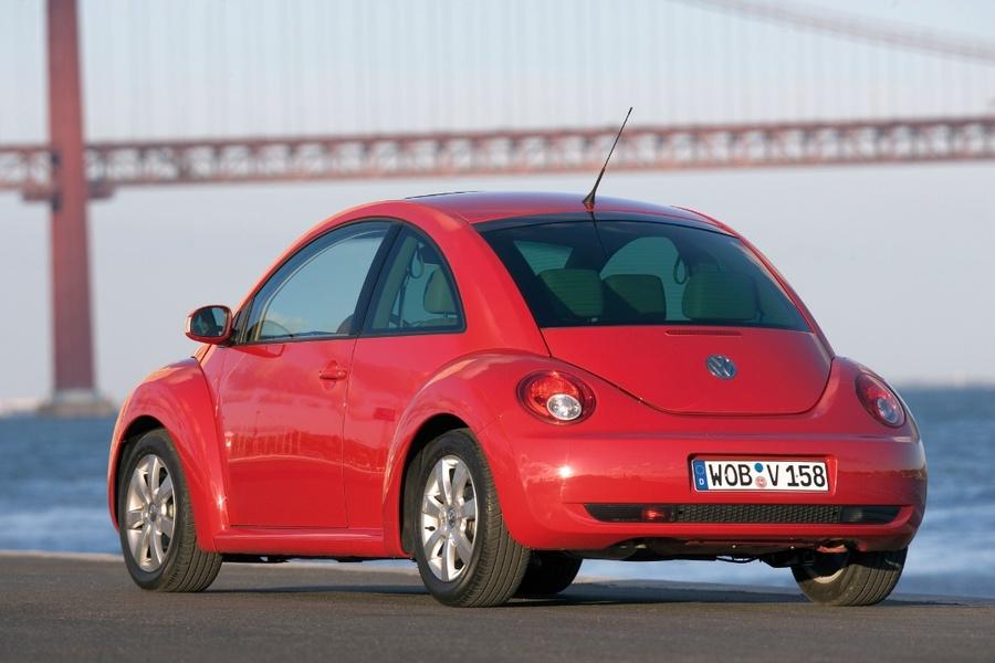 Volkswagen New Beetle 2.0 (5)