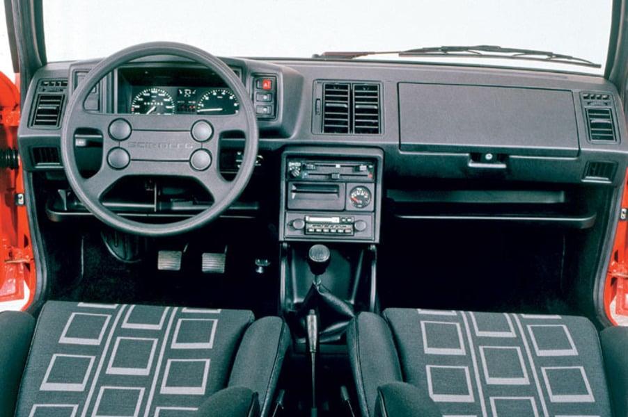 Volkswagen Scirocco LS (5)