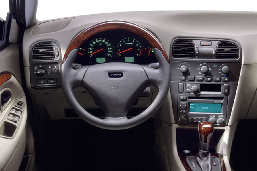 Volvo V40 (1996-04) (5)