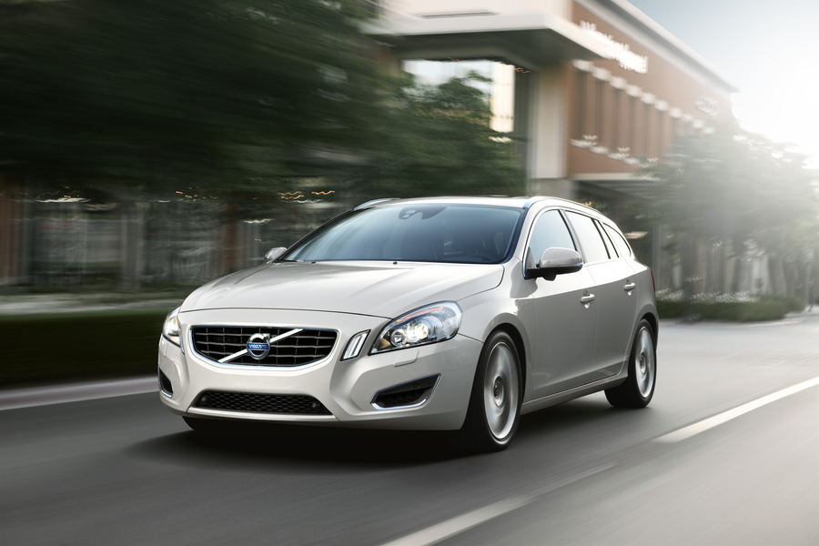 Volvo V60 D2 Geartronic Dynamic Edition N1 (2)