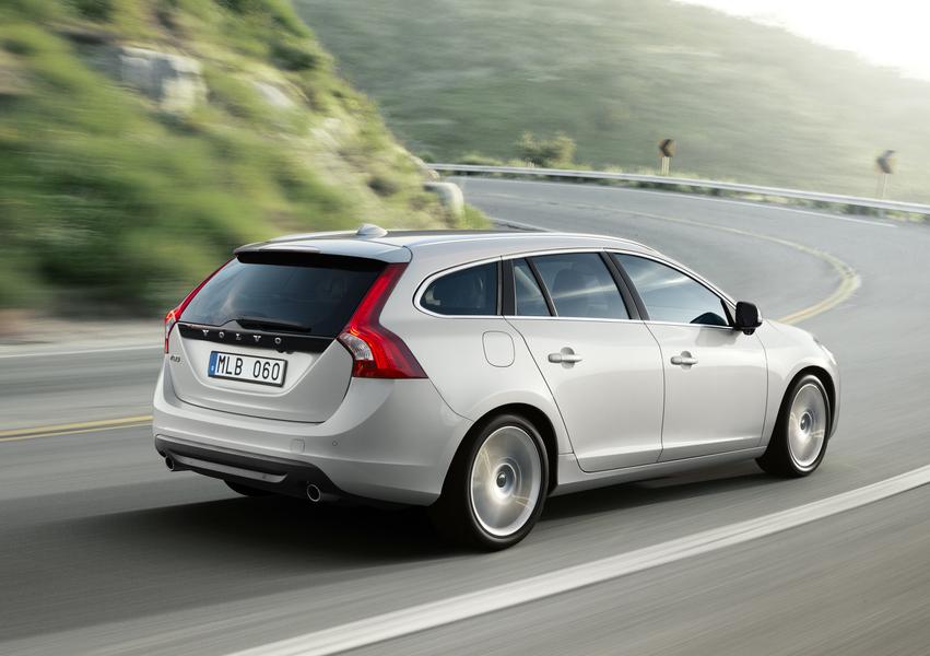 Volvo V60 D3 Dynamic Edition N1 (5)