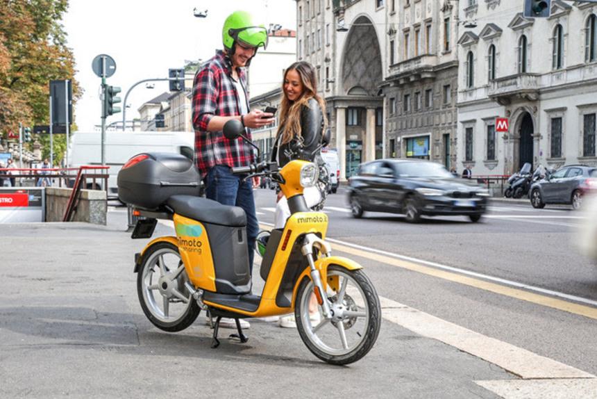 MiMoto, lo scooter sharing ecologico di Milano (5)