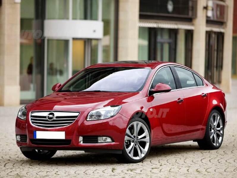 Opel Insignia Turbo 180CV 4 porte Cosmo