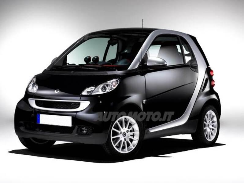 smart fortwo 1000 52 kW MHD coupé pulse (09/2009 - 09/2011): prezzo ...
