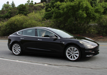 Tesla, 400 licenziamenti. La Model 3 in ritardo