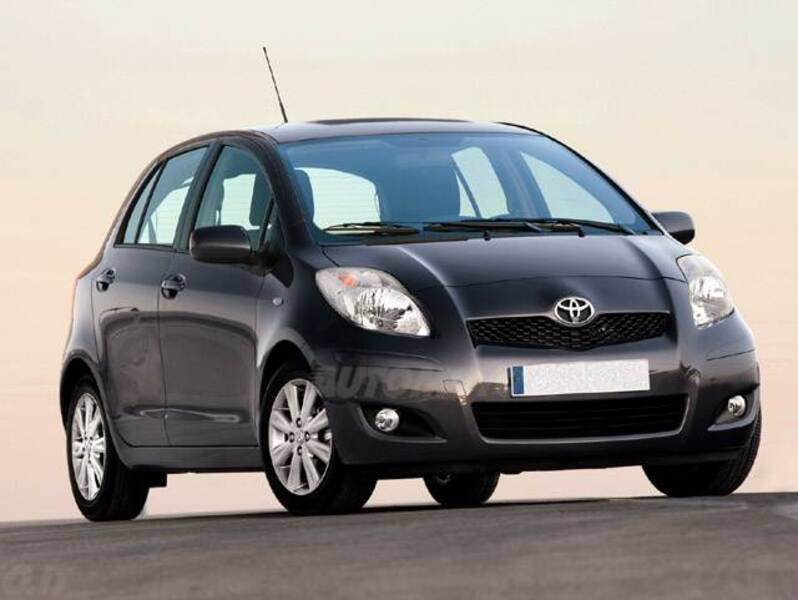 Toyota Yaris 1.D-4D DPF 5 porte Now