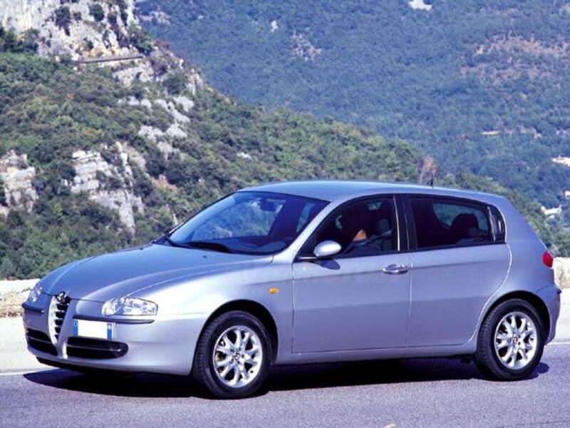 Alfa Romeo 147 1.9 JTD (100 CV) cat 5p. Impression