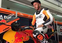 Tony Cairoli in pista con la MotoGP KTM RC16 a Valencia