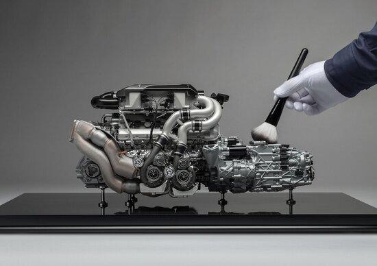 Bugatti Chiron, il motore in scala 1:4 è un capolavoro