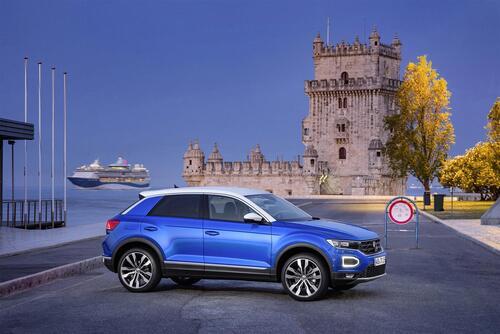 Volkswagen T Roc Video Primo Test Prove Automoto It