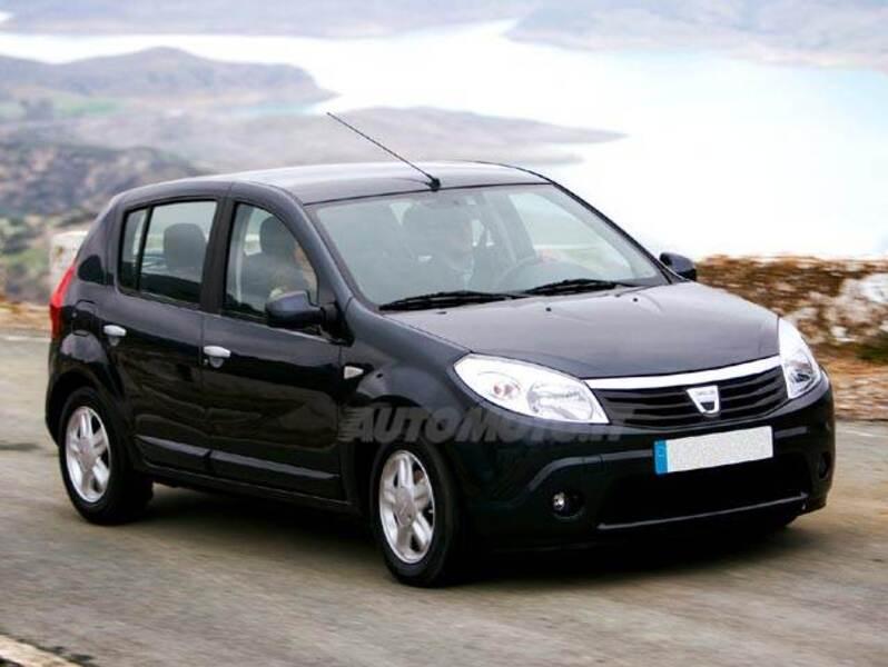 Listino nuovo Dacia Sandero 1.4 8v Laureate Gpl - Motornet