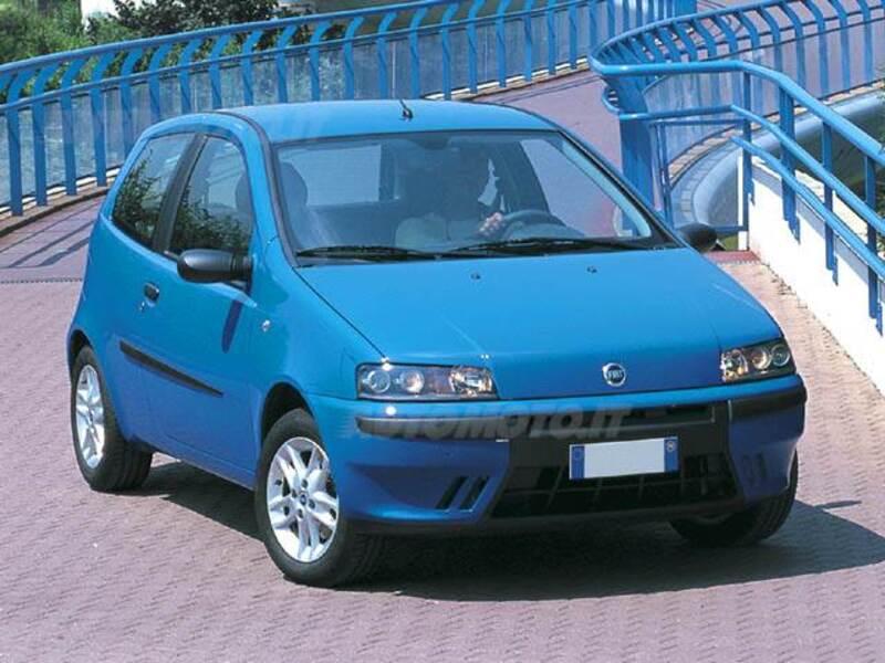 Fiat Punto 1.2i 16V cat 3 porte Sporting (12/2000 - 02/2001): prezzo on fiat marea, fiat stilo, fiat ritmo, fiat linea, fiat 500l, fiat doblo, fiat cinquecento, fiat coupe, fiat spider, fiat panda, fiat barchetta, fiat bravo, fiat cars, fiat multipla, fiat 500 turbo, fiat x1/9, fiat 500 abarth, fiat seicento,