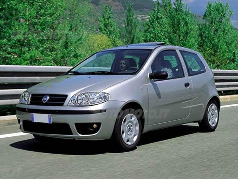 Fiat Punto 1.2 3 porte bConnect (06/2004 - 02/2005): prezzo e scheda on fiat barchetta, fiat seicento, fiat x1/9, fiat multipla, fiat cinquecento, fiat stilo, fiat 500 abarth, fiat linea, fiat 500 turbo, fiat panda, fiat marea, fiat doblo, fiat 500l, fiat bravo, fiat coupe, fiat spider, fiat cars, fiat ritmo,