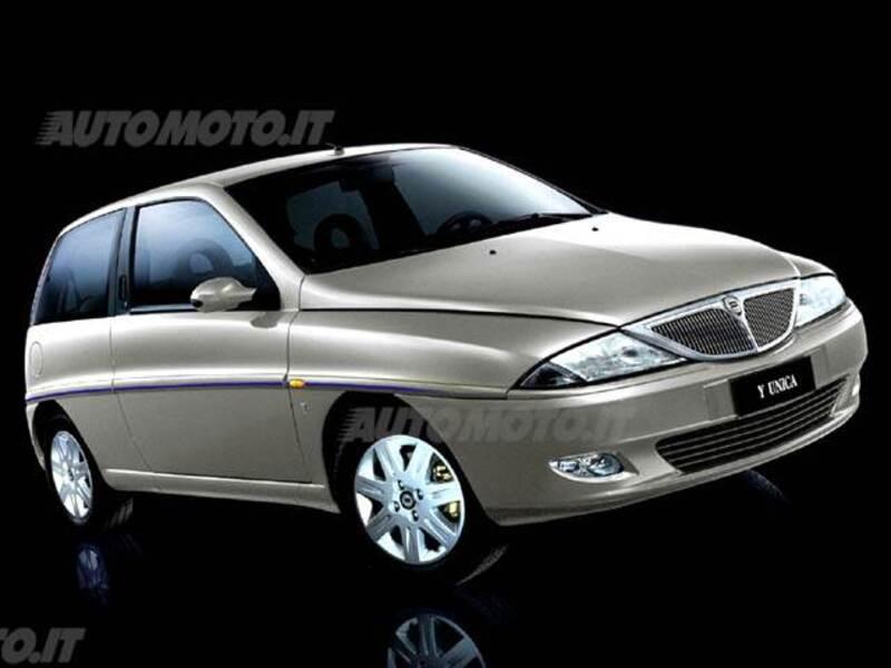 Lancia y 16v cat unica 02 2002 03 2004 prezzo e scheda tecnica - Lancia y diva scheda tecnica ...