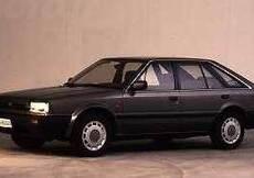 Nissan Bluebird (1988-90)